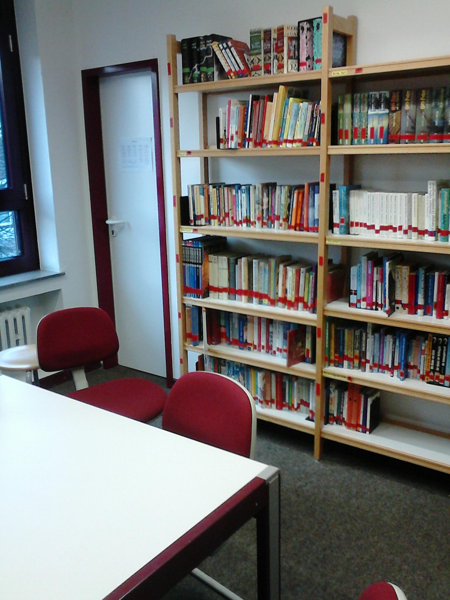 Tisch Bücherei