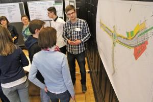 Der angehende Bauzeichner Fabian Werner erklärt, worauf es bei der Planung eines Kreisverkehrs ankommt und was seinen Beruf ausmacht.